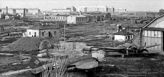 аэродром и авиагородок, 1942